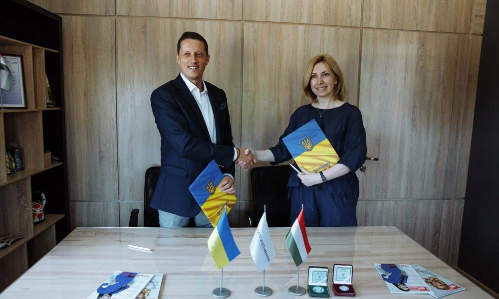 Консалтингова компанія «East West Mentor UA» підписала першу угоду про співпрацю