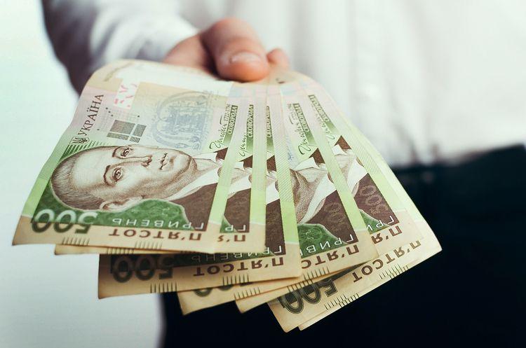 Не більше 15 тисяч гривень: НБУ планує знизити ліміт розрахунків готівкою для підприємців