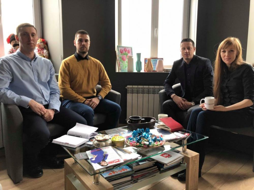 Власники компанії East West Mentor зустрілись з виробником української кераміки