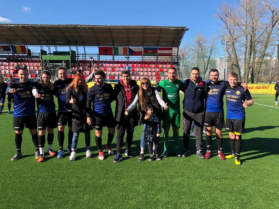 ФК  «East West Mentor» здобула перемогу в матчі проти команди «Pepsi»
